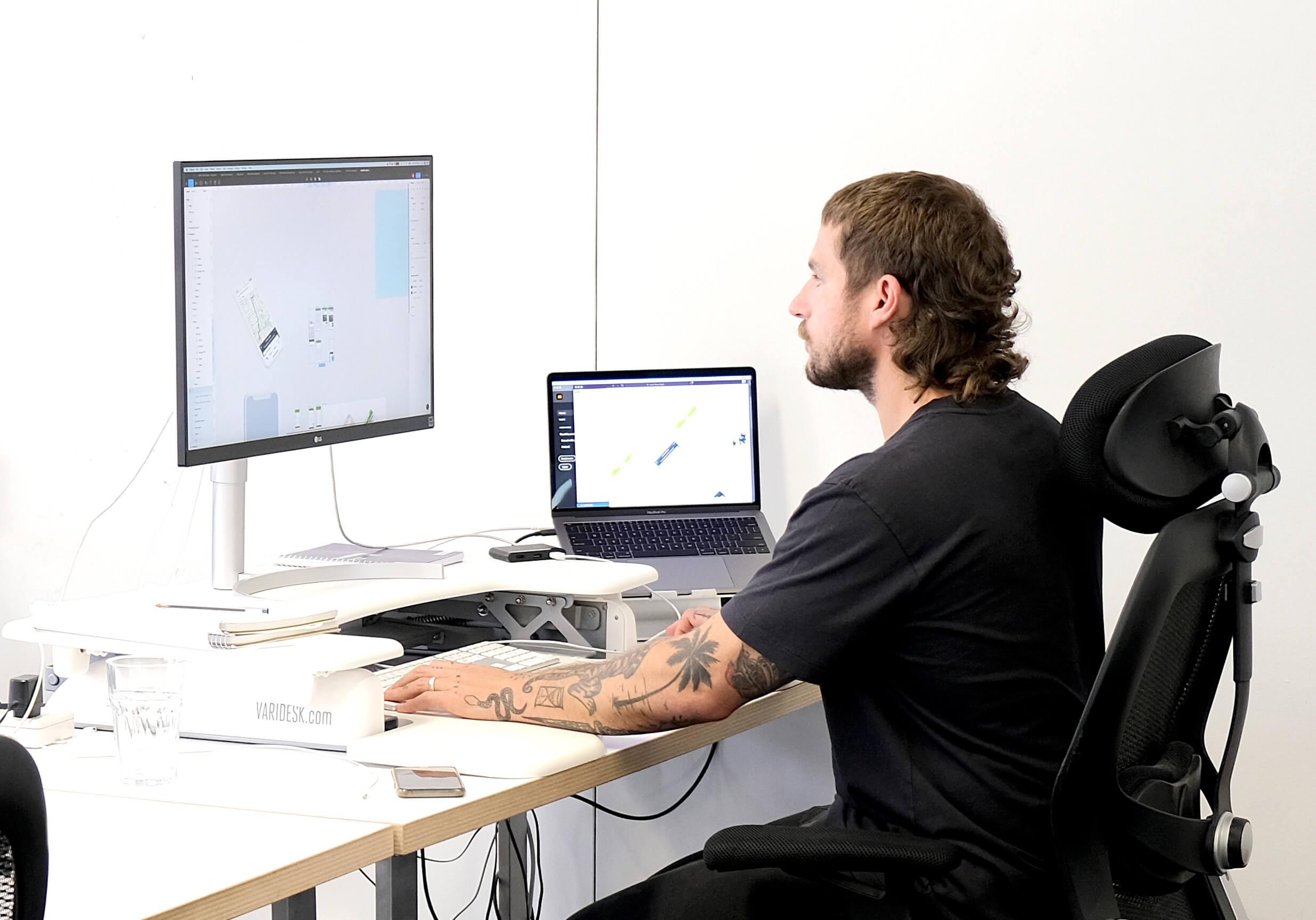 Wave Digital App Development app designer at Melbourne head office